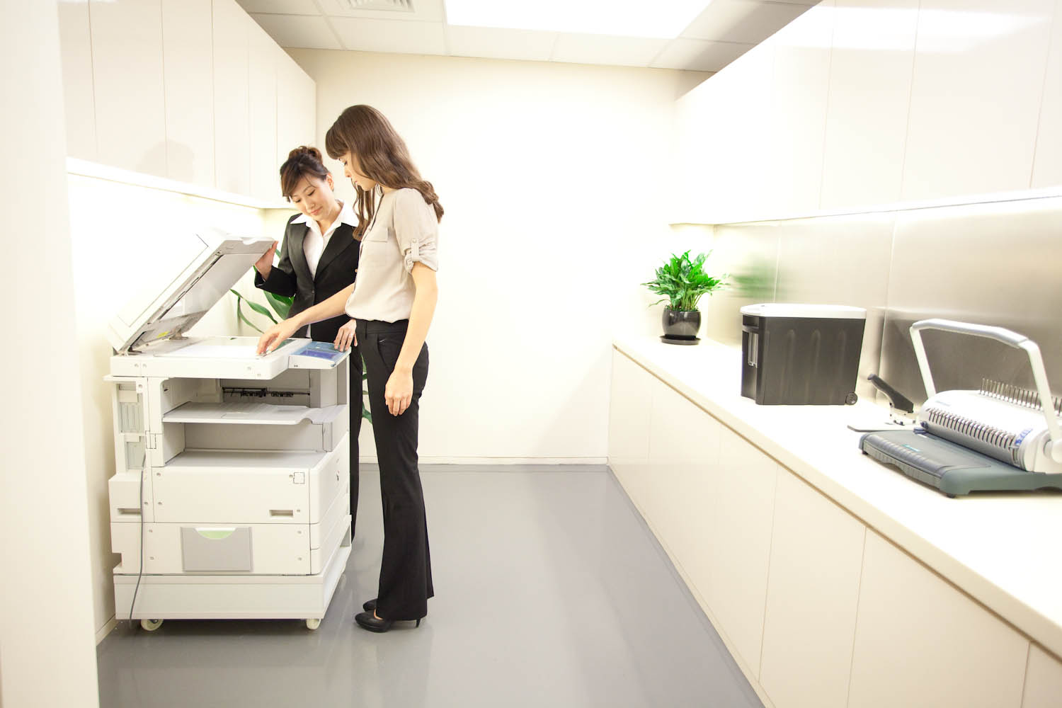 ios printing comes to the office with airprinter from flyingbee